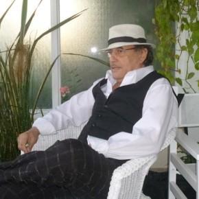 AL DIVÁN CARLOS BORQUEZ – Por Dra. RaquelTesone