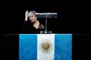 EVA PERON EN LA HOGUERA de Léonidas Lamborhini Actuación y Dirección: Cristina Banegas por Dra. RaquelTesone