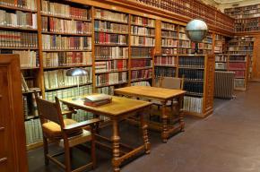 La biblioteca del señor Linden – Por Santiago AstrobbiEchavarri