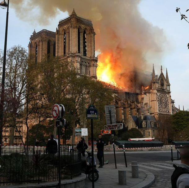 famosos-reaccion-incendio-catedral-notre-dame-jpg-1555404027