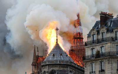 incendio-notre-dame-AFP