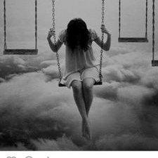 Sola en el mundo – Por ClaudiaGorenstein